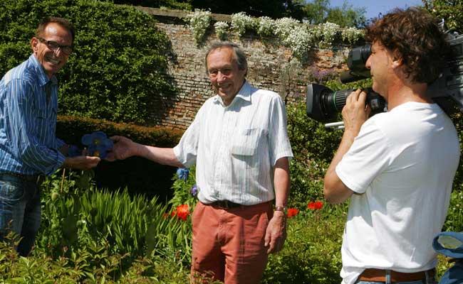 How does your garden grow ulster tatler for Gardening programmes on tv